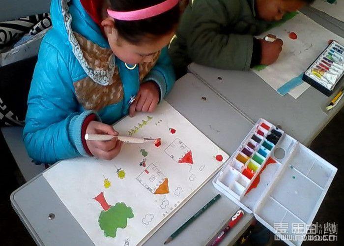 爱的小屋2014年七月项目——彩虹口袋